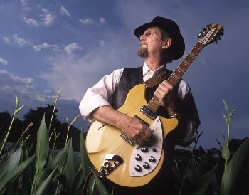 Roger McGuinn promotional photo